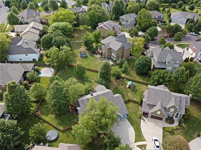 3619 W 156th Terrace, Overland Park, KS 66224 (#2115194) :: Edie Waters Network