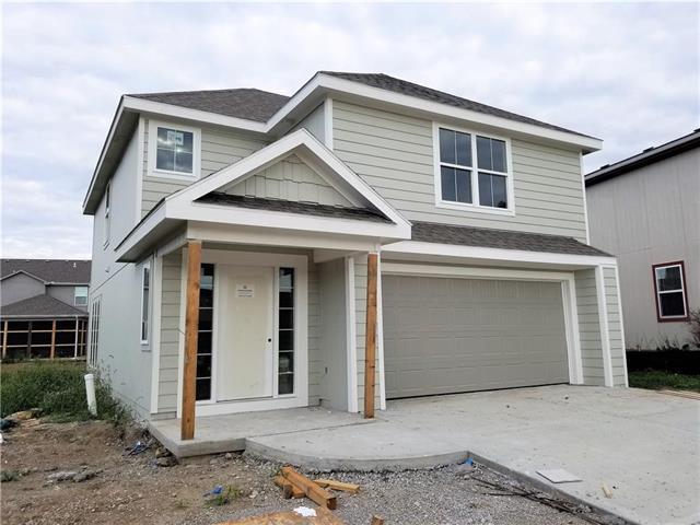 3301 SW Arbor Lane, Lee's Summit, MO 64082 (#2120060) :: Char MacCallum Real Estate Group