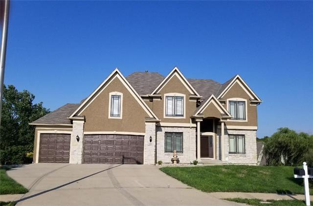 6512 N Spruce Avenue, Kansas City, MO 64119 (#2122549) :: The Shannon Lyon Group - ReeceNichols