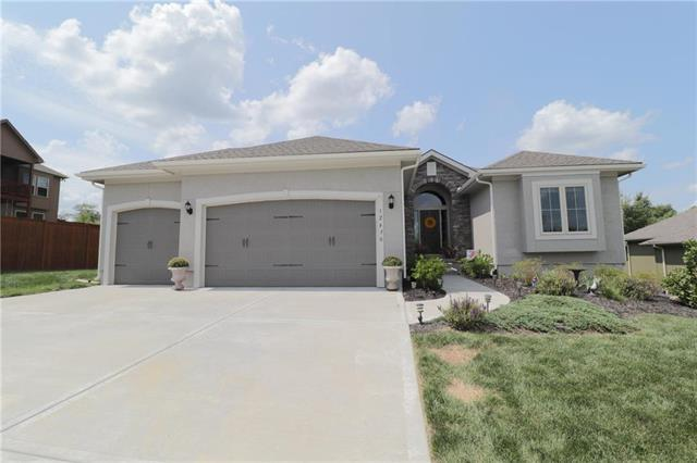 12430 N Saratoga Court, Platte City, MO 64079 (#2124301) :: Edie Waters Network