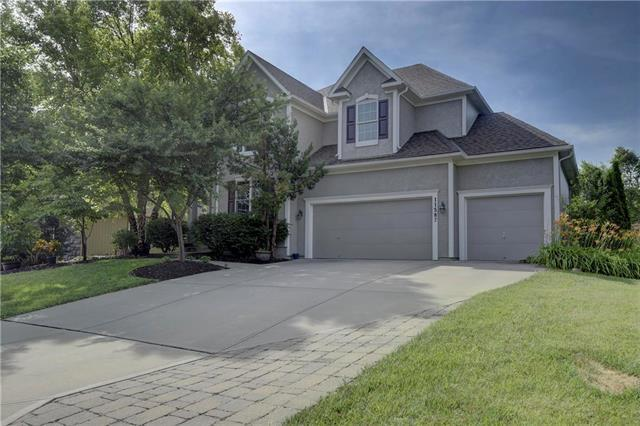 11587 W 146th Street, Olathe, KS 66062 (#2125740) :: Team Real Estate