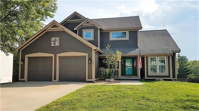 419 Fletcher Drive, Smithville, MO 64089 (#2127972) :: Edie Waters Network