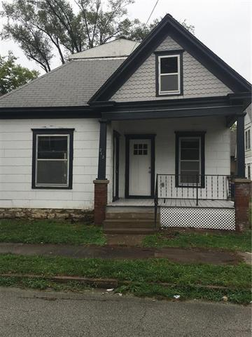 213 Temple Street, Excelsior Springs, MO 64024 (#2128608) :: Char MacCallum Real Estate Group