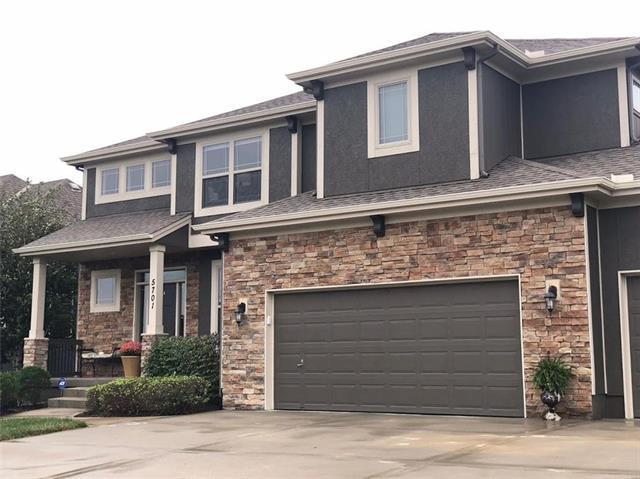 5701 NW 92nd Terrace, Kansas City, MO 64154 (#2128785) :: Edie Waters Network