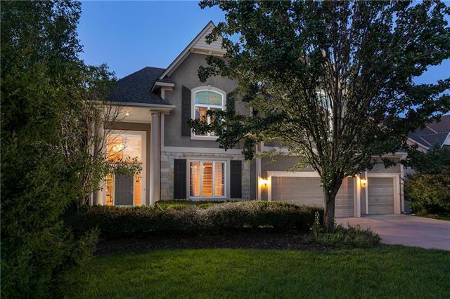 2948 W 143rd Terrace, Leawood, KS 66224 (#2129384) :: No Borders Real Estate