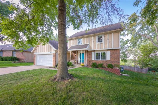 14406 W 79th Place, Lenexa, KS 66215 (#2130218) :: Char MacCallum Real Estate Group