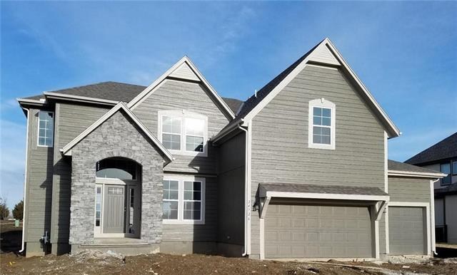 24726 W 91st Place, Lenexa, KS 66227 (#2130224) :: The Shannon Lyon Group - ReeceNichols