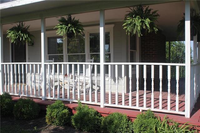 34373 Rockville Road, Louisburg, KS 66053 (#2130731) :: Char MacCallum Real Estate Group