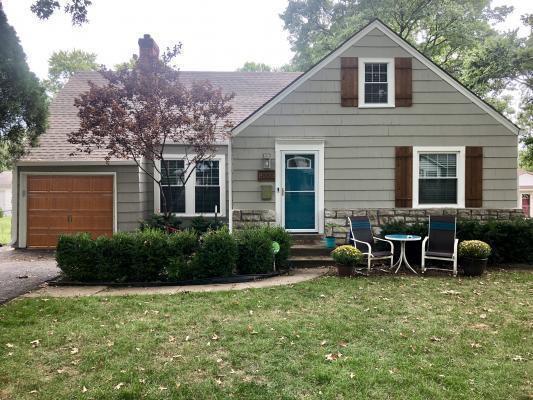 8003 Jarboe Street, Kansas City, MO 64114 (#2131386) :: Edie Waters Network
