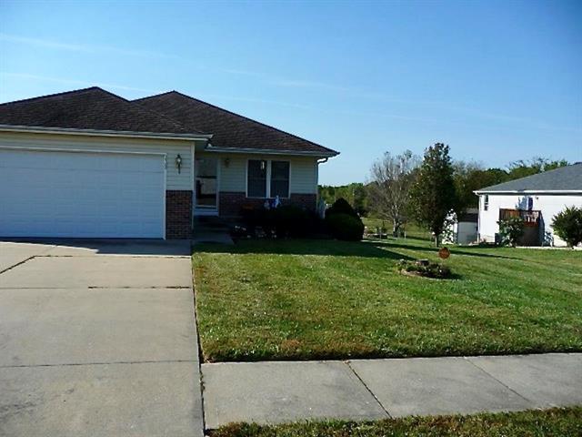 1702 Sunrise Street, Warrensburg, MO 64093 (#2132093) :: Edie Waters Network