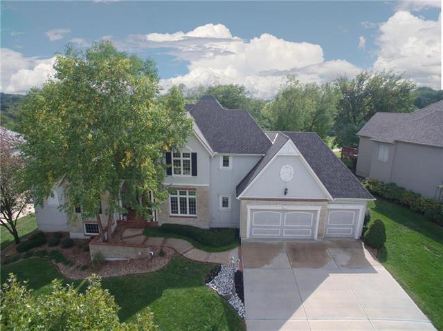20025 W 93rd Street, Lenexa, KS 66220 (#2132962) :: Char MacCallum Real Estate Group