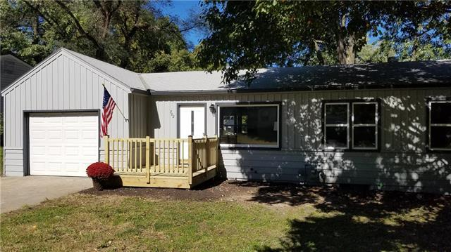 702 W 38th Street, Independence, MO 64050 (#2133166) :: Edie Waters Network