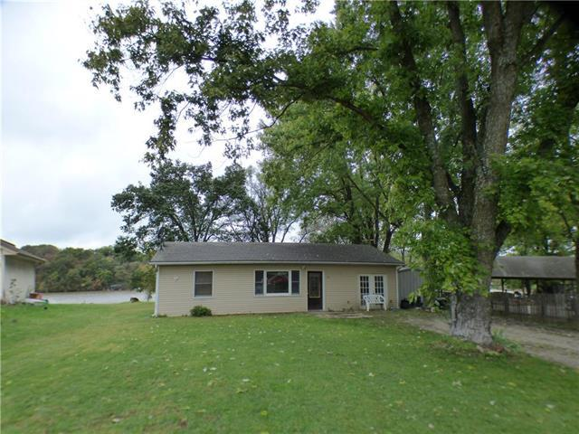 15051 Beach Front Drive, Excelsior Springs, MO 64024 (#2134523) :: The Shannon Lyon Group - ReeceNichols