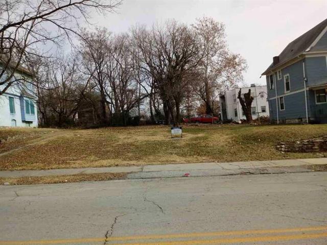 3439 Woodland Avenue, Kansas City, MO 64109 (#2134573) :: Edie Waters Network
