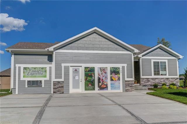 117 SW Wind Garden Circle, Blue Springs, MO 64064 (#2134640) :: No Borders Real Estate