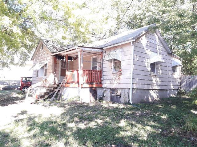 433 N Gallatin Street, Liberty, MO 64068 (#2134975) :: Edie Waters Network