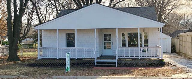 13401 W 94th Street, Lenexa, KS 66215 (#2140449) :: Team Real Estate