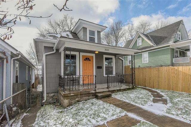 3613 Anderson Avenue, Kansas City, MO 64123 (#2140860) :: The Gunselman Team