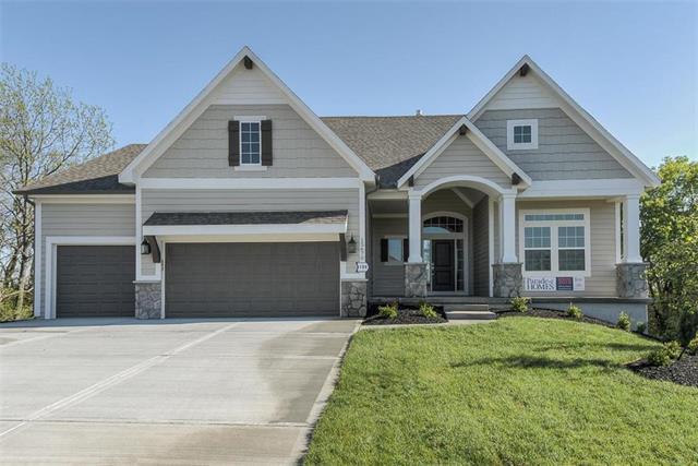 15670 171st Terrace, Olathe, KS 66062 (#2141092) :: House of Couse Group