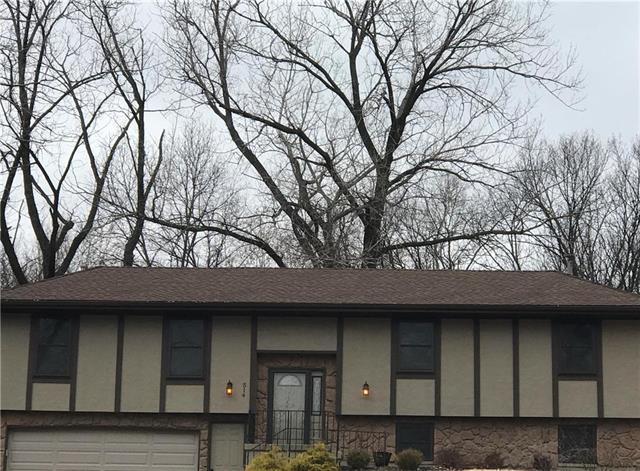 514 NW Cherokee Drive, Riverside, MO 64150 (#2141187) :: Edie Waters Network
