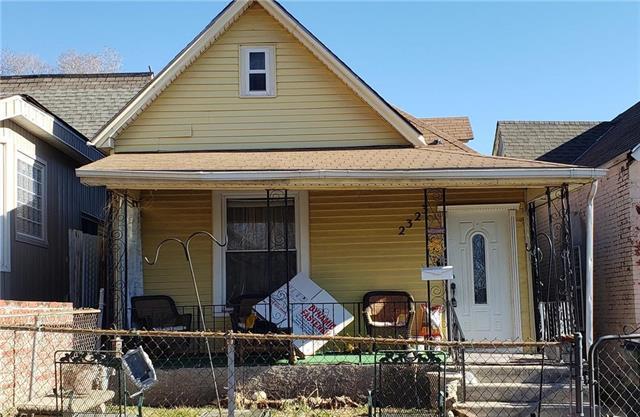 2323 Jarboe Street, Kansas City, MO 64108 (#2141421) :: The Gunselman Team
