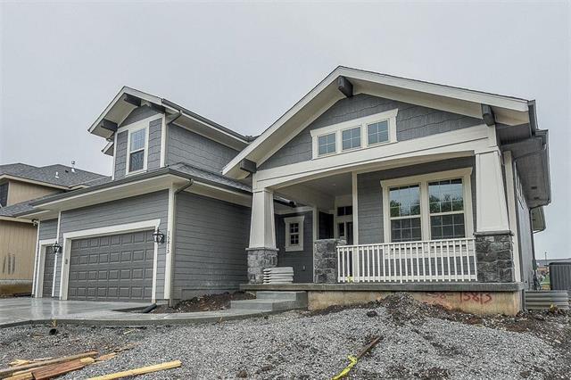 15813 W 171st Terrace, Olathe, KS 66062 (#2141422) :: House of Couse Group