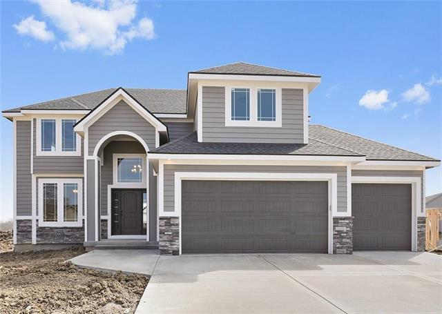 1807 NW Nicholas Drive, Grain Valley, MO 64029 (#2142105) :: House of Couse Group