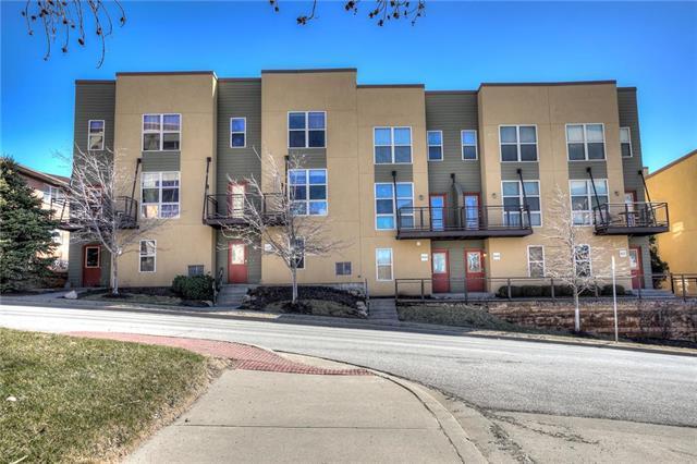 4531 Madison Avenue, Kansas City, MO 64111 (#2145541) :: House of Couse Group