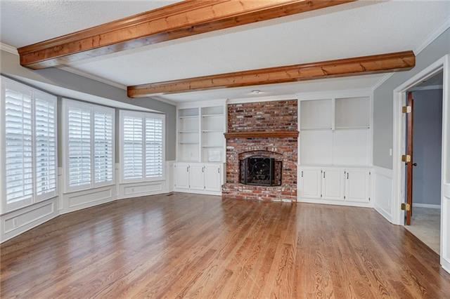 4601 W 131 Street, Leawood, KS 66209 (#2147345) :: House of Couse Group