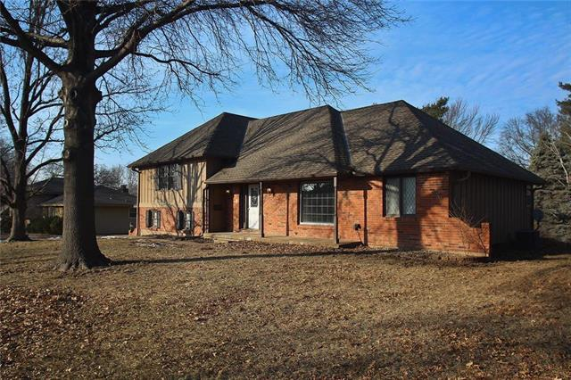 14408 E Covington Road, Independence, MO 64055 (#2150877) :: The Shannon Lyon Group - ReeceNichols