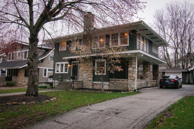6115 Brookside Boulevard, Kansas City, MO 64113 (#2152555) :: No Borders Real Estate