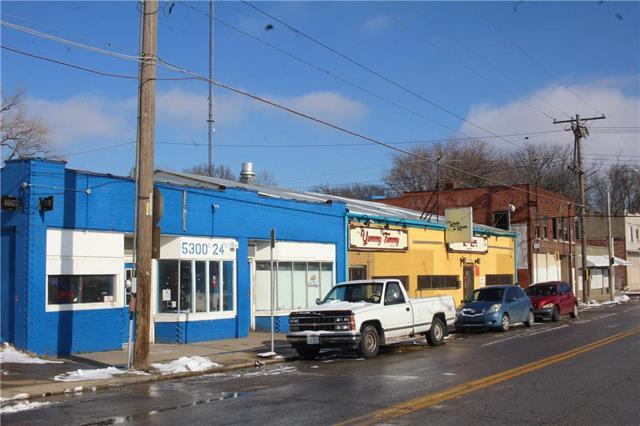 5300 E 24 Street, Kansas City, MO 64127 (#2154407) :: The Shannon Lyon Group - ReeceNichols