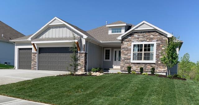 2902 SW Arthur Drive, Lee's Summit, MO 64082 (#2154581) :: House of Couse Group