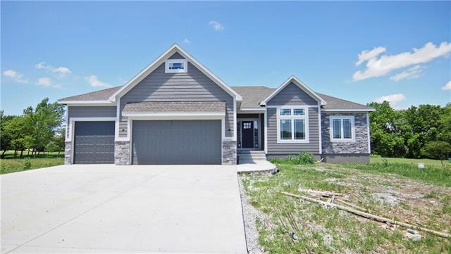 10908 Timber Creek Drive, Peculiar, MO 64078 (#2154725) :: House of Couse Group