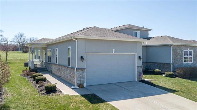 21921 W 116th Place, Olathe, KS 66061 (#2155823) :: House of Couse Group