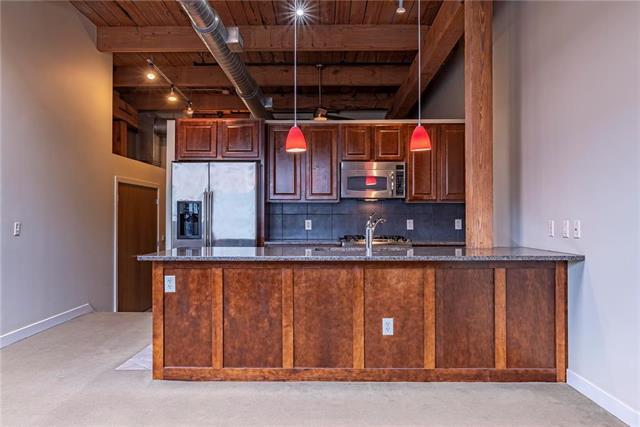712 Broadway Boulevard #804, Kansas City, MO 64105 (#2156242) :: Clemons Home Team/ReMax Innovations