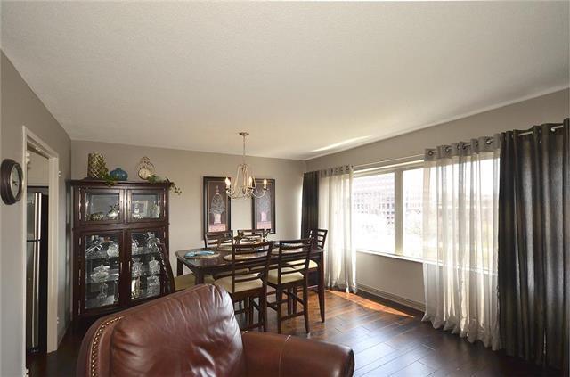 4545 Wornall Road #403, Kansas City, MO 64111 (#2156588) :: Clemons Home Team/ReMax Innovations