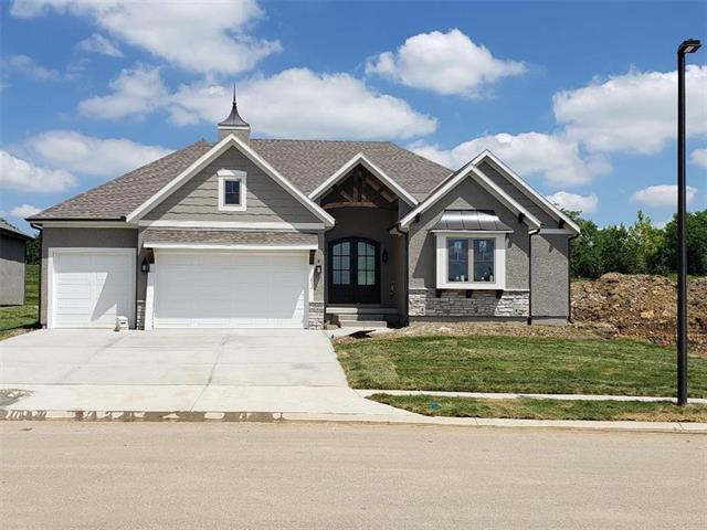 25738 W 96 Street, Lenexa, KS 66227 (#2157477) :: The Shannon Lyon Group - ReeceNichols