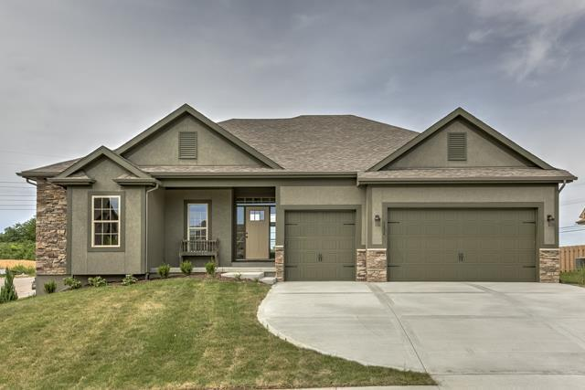 8131 NW 90th Terrace, Kansas City, MO 64153 (#2168342) :: The Shannon Lyon Group - ReeceNichols