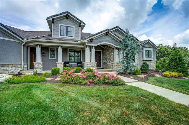 4720 NW Canyon Circle, Lee's Summit, MO 64064 (#2172118) :: House of Couse Group