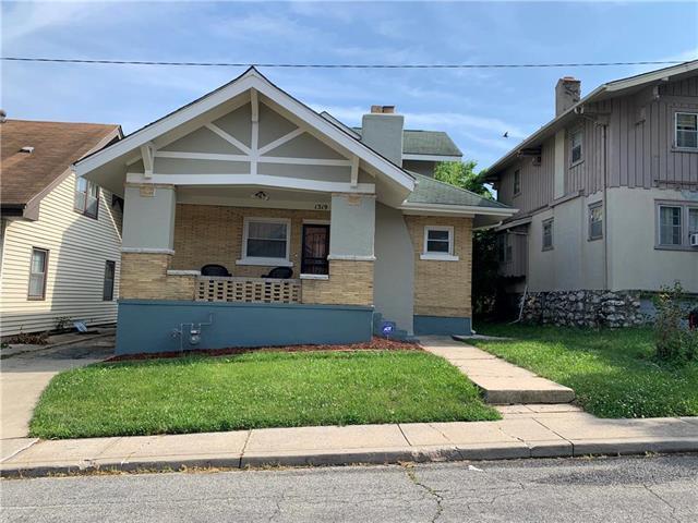 1319 Lake Avenue, Kansas City, MO 64109 (#2173225) :: Eric Craig Real Estate Team