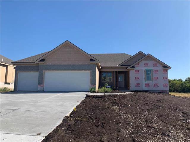 18913 Corbin Street, Spring Hill, KS 66083 (#2173289) :: Clemons Home Team/ReMax Innovations