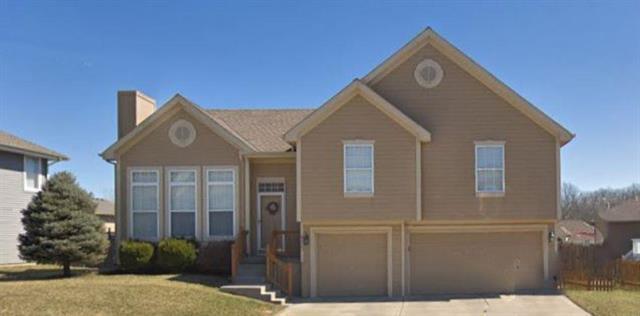 8623 N Mersington Avenue, Kansas City, MO 64156 (#2174261) :: Clemons Home Team/ReMax Innovations