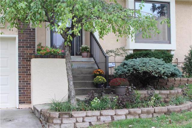 8503 Westgate Drive, Lenexa, KS 66215 (#2174842) :: Eric Craig Real Estate Team