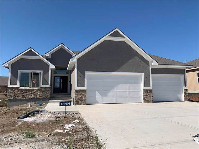18910 Longview Road, Spring Hill, KS 66083 (#2174857) :: House of Couse Group