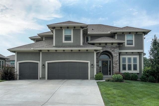 7619 Green Street, Shawnee, KS 66227 (#2178738) :: Eric Craig Real Estate Team