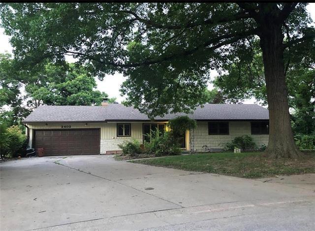 2402 NW Osage Circle, Riverside, MO 64150 (#2179227) :: Kansas City Homes