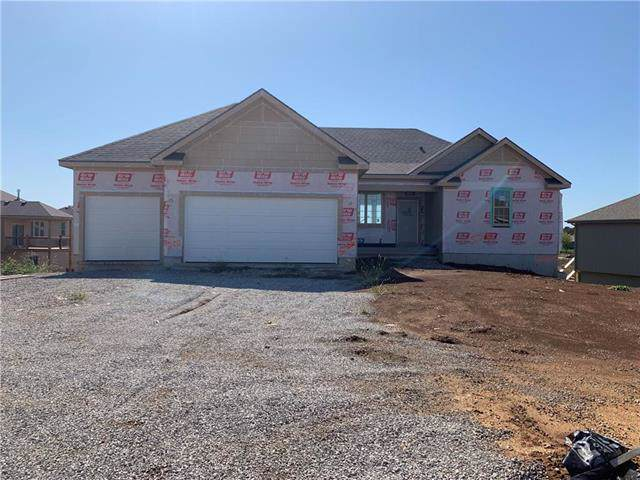20909 W 189th Street, Spring Hill, KS 66083 (#2179401) :: House of Couse Group