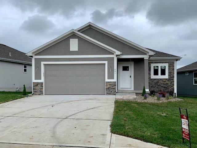 531 NW 110th Street, Kansas City, MO 64155 (#2179945) :: House of Couse Group