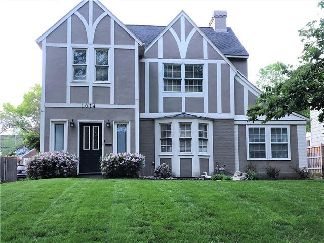 1014 W Gregory Street, Kansas City, MO 64114 (#2181194) :: Kansas City Homes